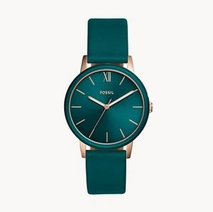 🌼 NWT Fossil teal leather watch